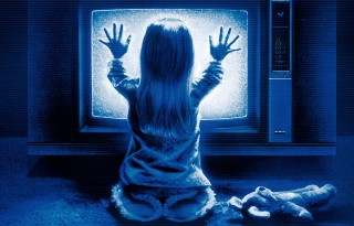 poltergeist-carol-anne-carol-anne-freeling-frightening-ghost-haunted-haunting-heather-o-rourke-poltergeist-scary (1)
